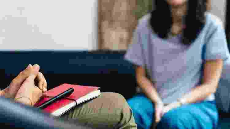 Procurar a ajuda de um psicólogo pode ajudar a lidar com traumas relacionados à sexualidade - iStock
