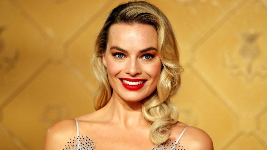 """A atriz Margot Robbie promove o filme """"Duas Rainhas"""" em Londres - Reuters"""