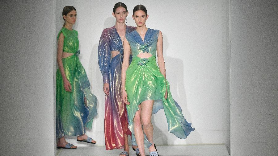 Desfile Reinaldo Lourenço na São Paulo Fashion Week, em 2019 - AgNews