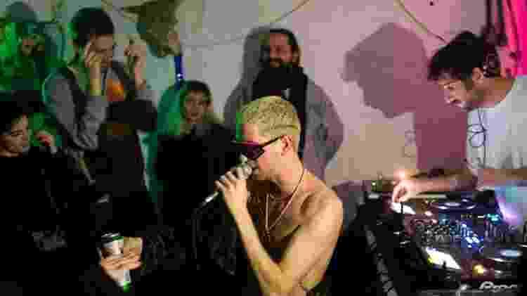Festas de hipsters tomam conta da madrugada de Jerusalém  - RONEN ZVULUN/Reuters
