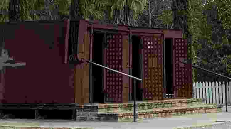 Vagões-jaula na Whitney Plantation - Janaina Garcia/UOL - Janaina Garcia/UOL
