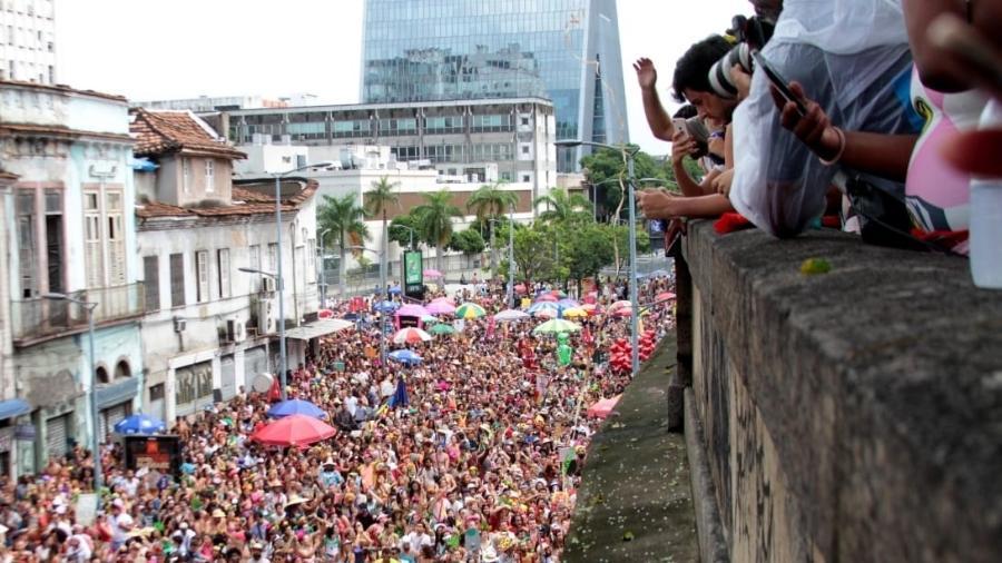 Foliões do Bloco Boi Tolo lotam ruas do centro do Rio no Carnaval do ano passado - Fernanda Dias/UOL