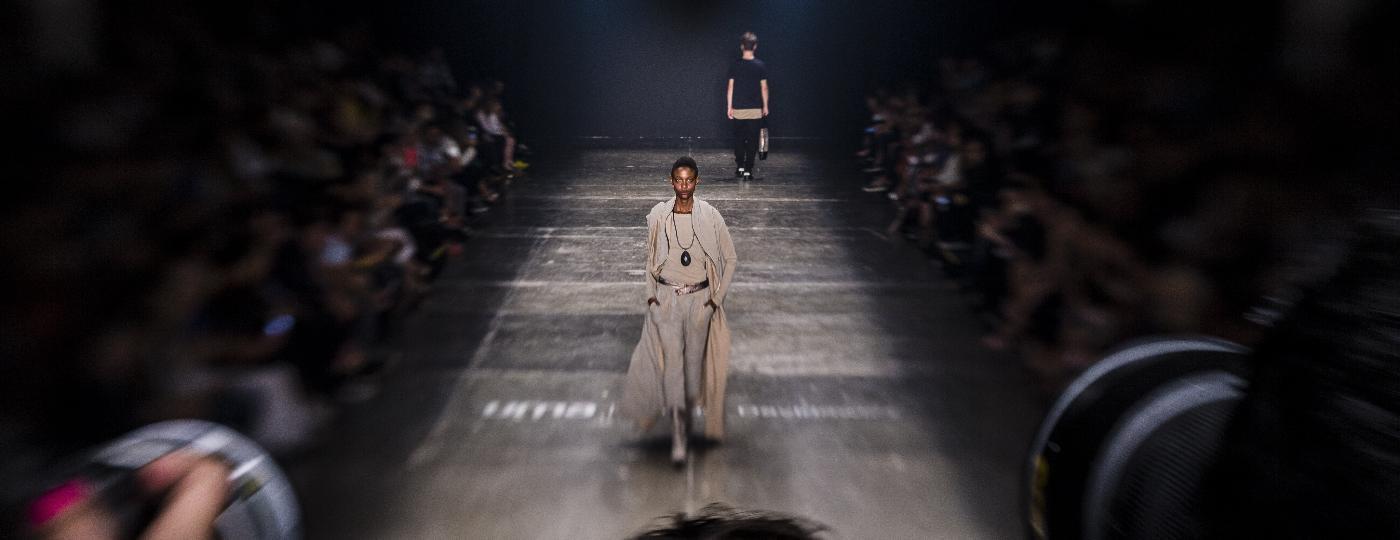 Desfile da Uma durante a 40ª São Paulo Fashion Week, em outubro de 2015 - Adriano Vizoni - 19.out.2015/Folhapress