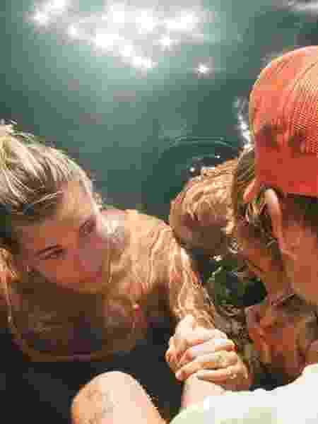 Hailey Baldwin é batizada com Justin Bieber - Reprodução/Instagram