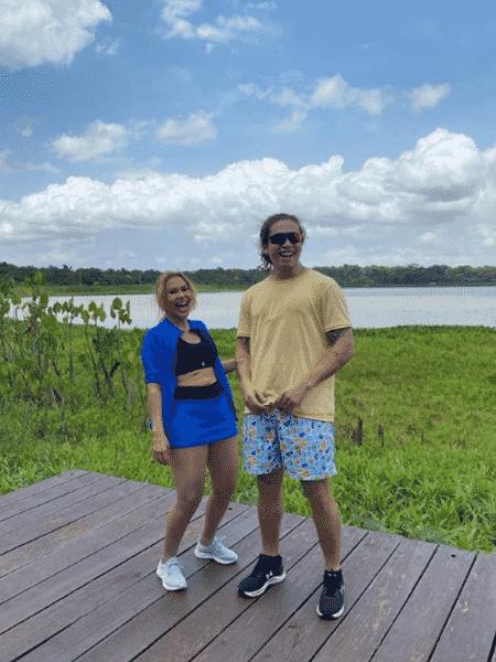 Whindersson e Joelma posaram sorridentes em pontos da capital paraense - Reprodução/Instagram/@whinderssonnunes