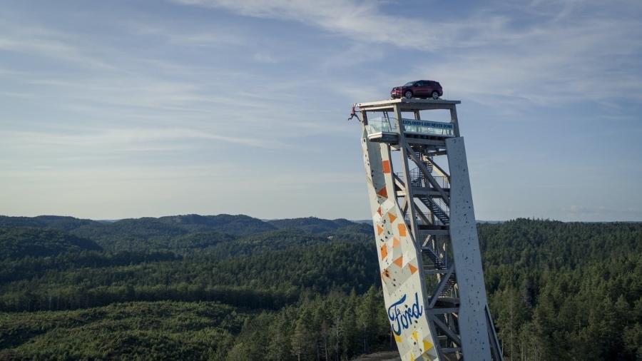 Ford Explorer é prêmio de escalada na Noruega - Divulgação