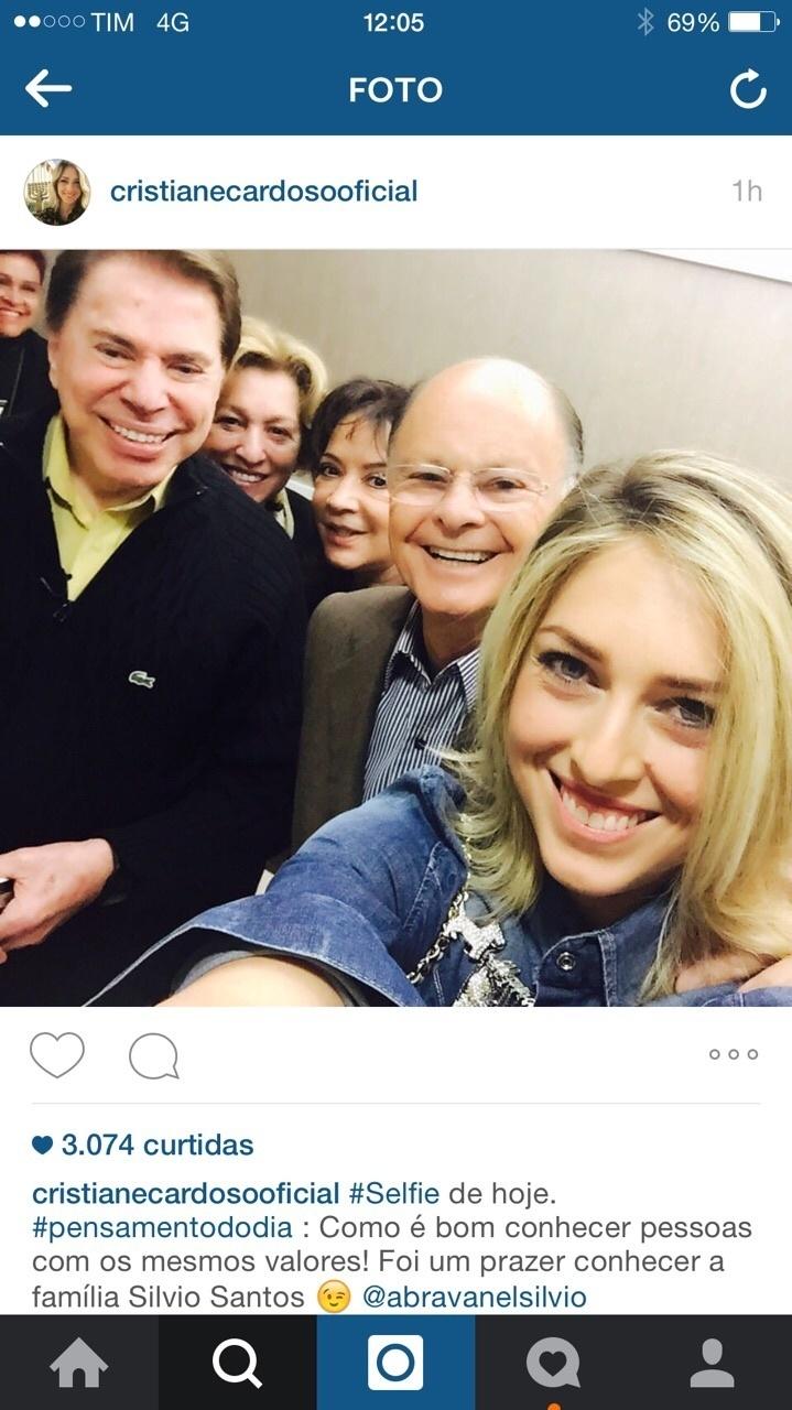Cristiane Cardoso fez selfie com Silvio Santos e Edir Macedo nesta segunda