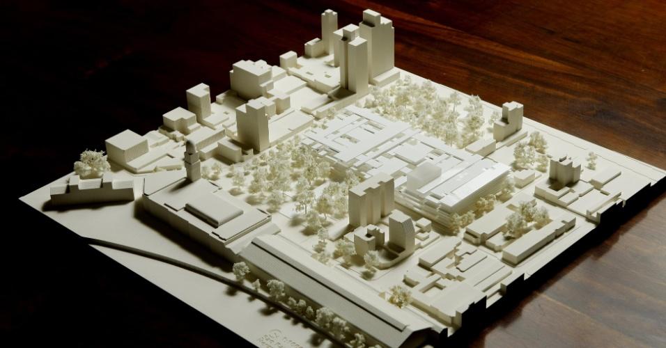 Maquete do Complexo Cultural da Luz, projeto da dupla de arquitetos suíços Jacques Herzog e Pierre de Meuron, encomendado em 2009 pelo Governo do Estado de São Paulo