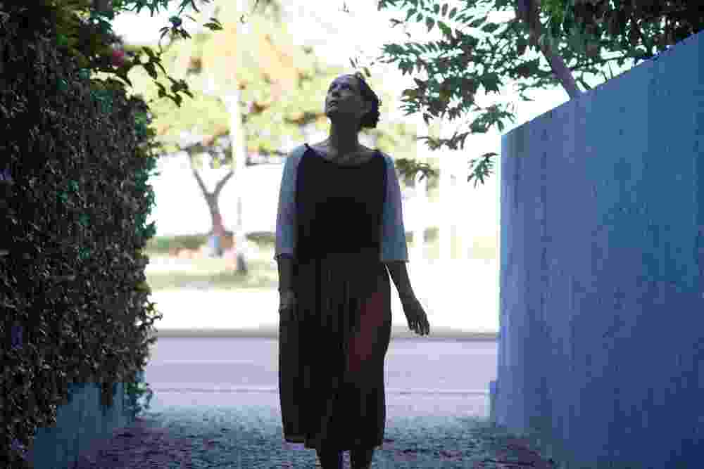 """Cena do filme brasileiro """"Aquarius"""", dirigido por Kleber Mendonça Filho, com Sonia Braga no elenco - Divulgação"""