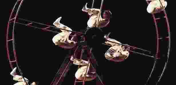 """Espetáculo """"VeRo"""", da Cia de dança Deborah Colker - Reprodução/Facebook"""