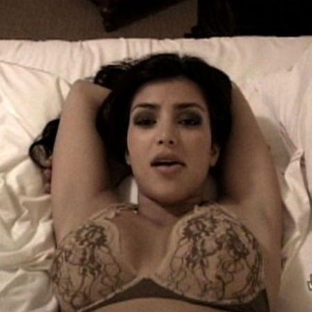 Kim Kardashian em sex tape que vazou em 2007 - Reprodução