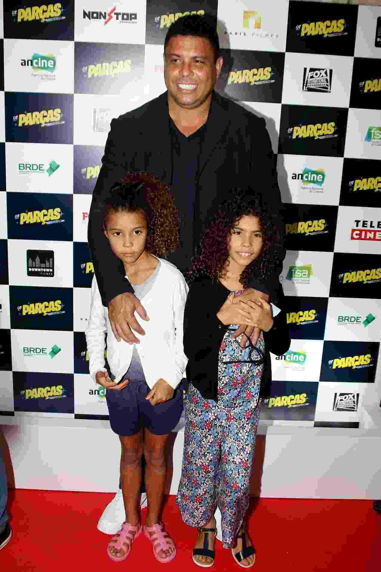 Ronaldo e filhas - Manuela Scarpa/Brazil News