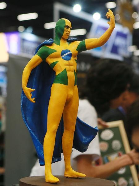 Amanhecer, o supersoldado brasileiro criado pelo quadrinista Daniel Vardi - Iwi Onodera/UOL