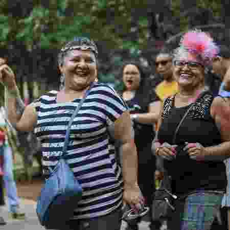 Mariza Daniel e Maria José Almeida foram curtir as festas no centro de SP - Marcelo Justo/UOL - Marcelo Justo/UOL