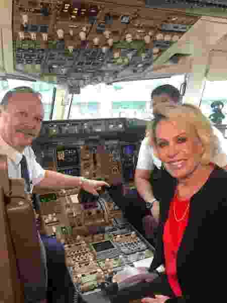 Ana Maria Braga dentro da cabine do avião - Reprodução/Instagram