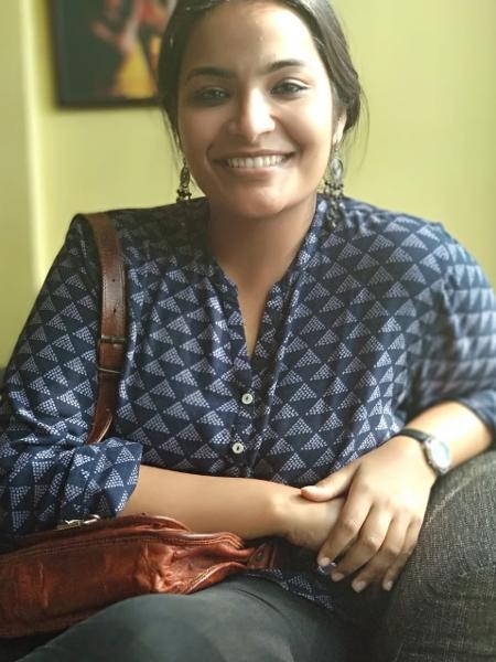 Eleena George é voluntária na ONG Tycia Foundation e ajuda na distribuição de cilindros de oxigênio em Delhi, na Índia - Arquivo pessoal