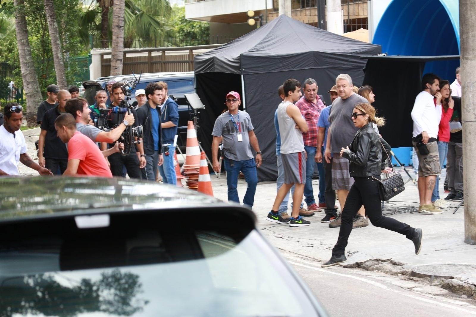 21.jun.2015 - Giovanna Antonelli grava cena de atropelamento para