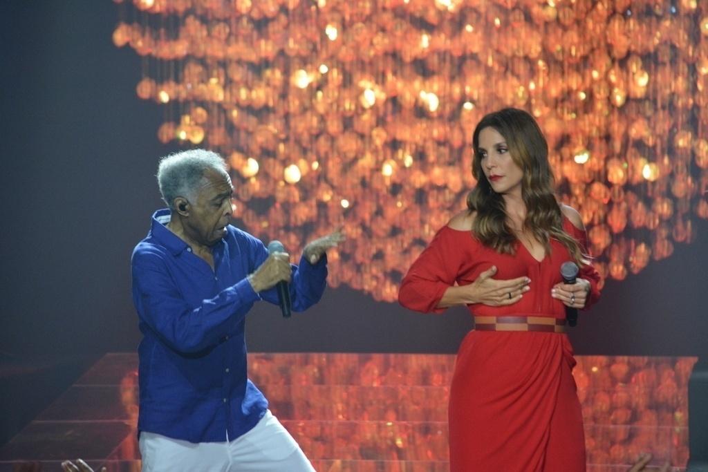 18.ago.2015 - Ivete Sangalo, Preta e Gilberto Gil e outros cantores participaram da gravação do