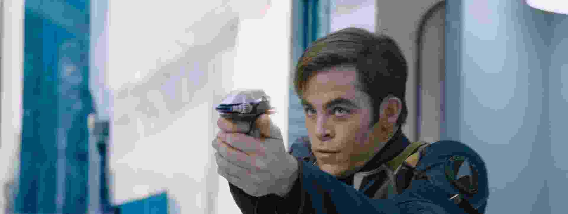 """Chris Pine é Kirk em """"Star Trek: Sem Fronteiras"""", que estreia no Brasil no dia 1º de setembro de 2016, ano que marca os 50 anos da série. A franquia estreou como série de TV em 1966 e virou filme em 1979 - Stephen Windon/Divulgação"""