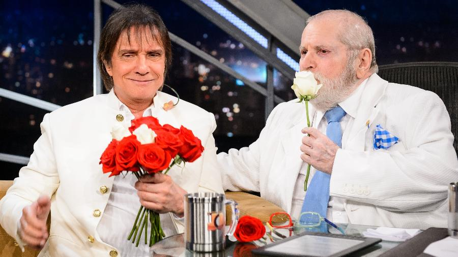 "Roberto Carlos e Jô Soares juntos no ""Programa do Jô"" - Ramon Vasconcelos/TV Globo"