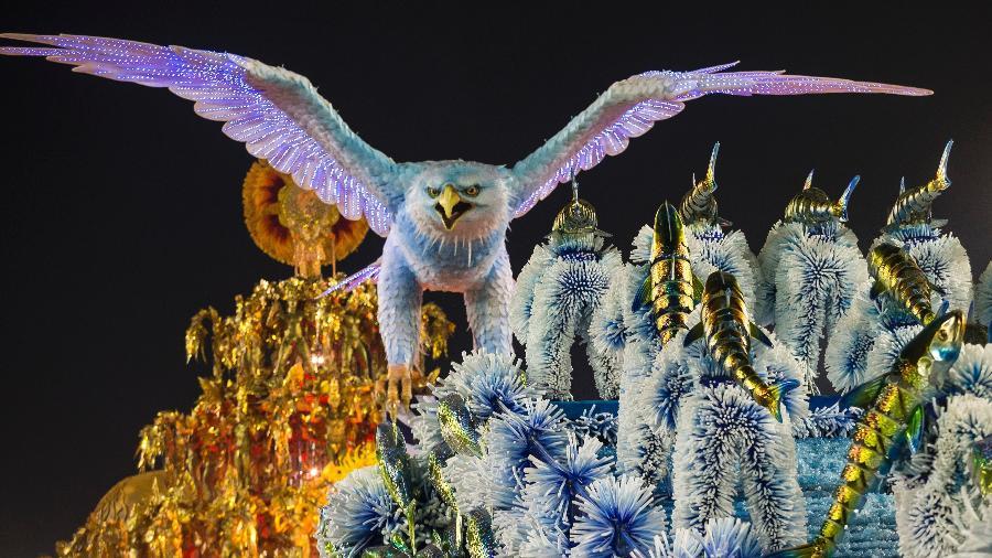 Desfile da Portela, campeã do Carnaval carioca deste ano, após 33 anos de jejum - Bruna Prado/UOL