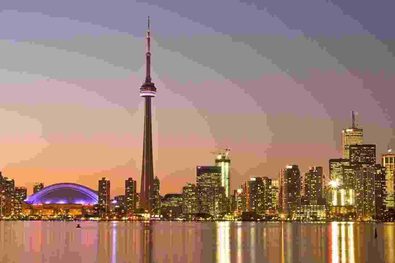 A torre CN Tower é o principal cartão-postal da cidade de Toronto - Benson Kua/Creative Commons