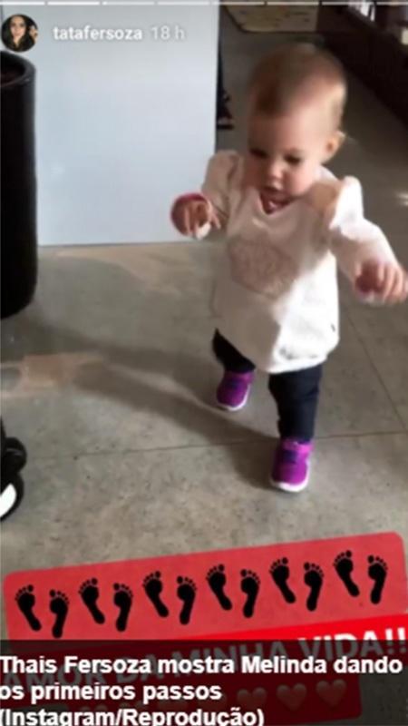 Thais Fersoza mostra a filha, Melinda, de um ano, andando pela casa - Reprodução/Instagram