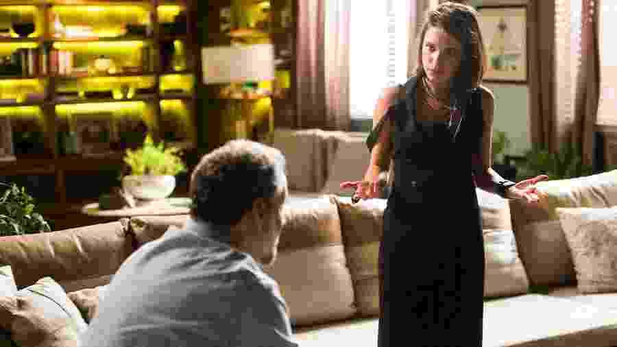 """Cybele (Bruna Linzmeyer) conta a Eugênio (Dan Stulbach) segredo da rival em """"A Força do Querer"""" - João Miguel Júnior/TV Globo"""