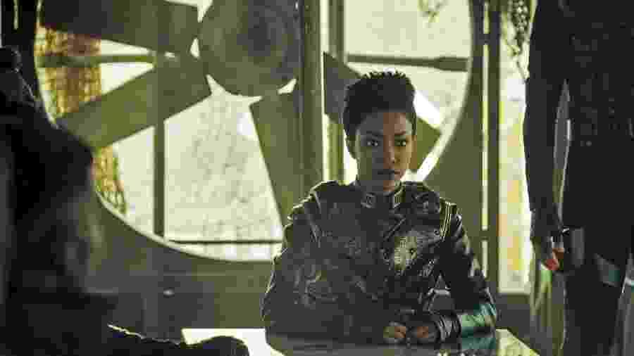 """Sonequa Martin-Green em cena de """"Star Trek: Discovery"""" - Reprodução"""