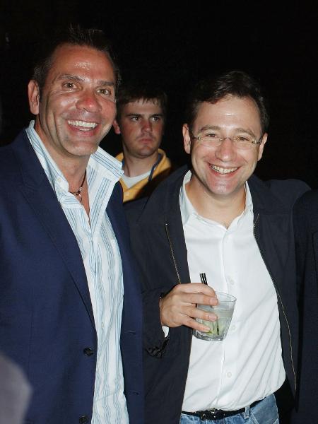 Josh Goldstine (segurando o copo), era presidente de marketing da Universal - Divulgação