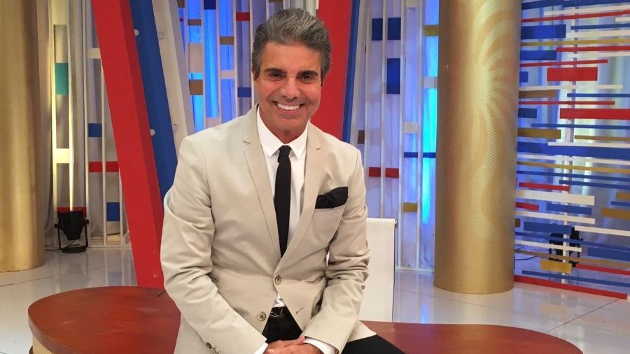 João Kléber é são-paulino, mas marcou presença em jogo do Botafogo na RedeTV - Divulgação