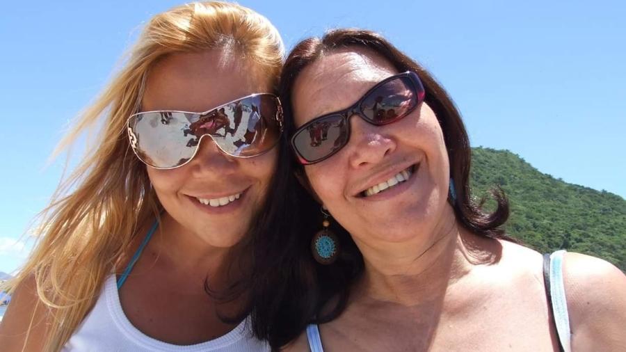 Marlene Carvalho Barcellos, 64, e a filha Pryscilla Borges Barcellos, morta pelo marido Luciano Costa Barbosa - Arquivo Pessoal