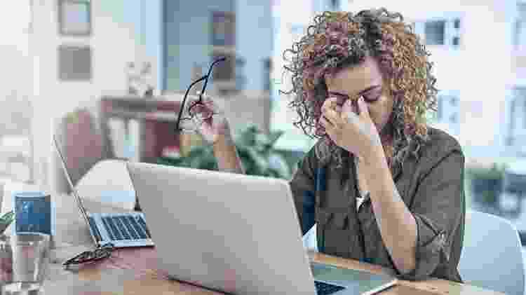 Na era da extroversão, jovens tímidos têm dificuldade em se dar bem no trabalho  - PeopleImages/iStock