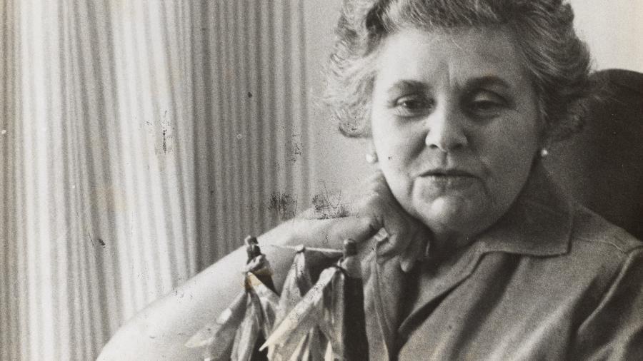 Elizabeth Bishop em 1964 - Wikimedia Commons