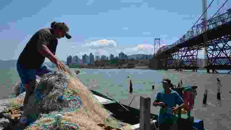 Os pescadores Lubia Lisboa e Sandro Garsias se preocupam com o futuro de seu trabalho - Marciano Diogo