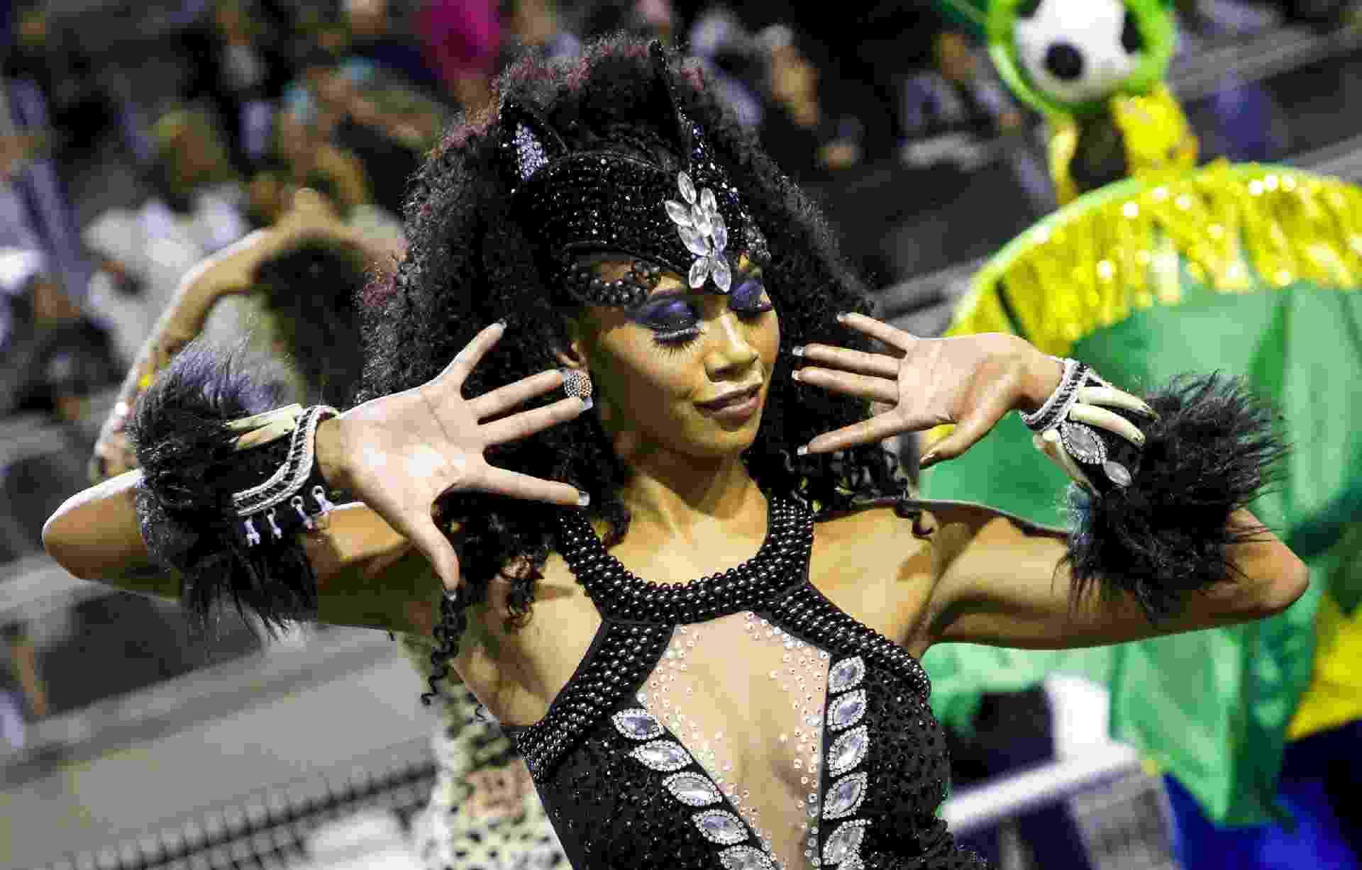 Melhores momentos da Morro da Casa Verde no Desfile das Campeãs do Carnaval 2020 - Mariana Pekin/UOL