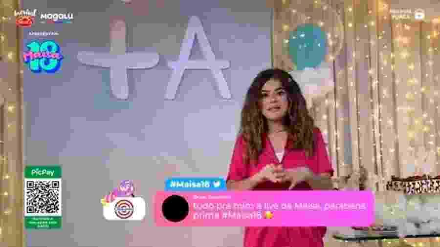 Maisa se surpreende com mensagem de Selena Gomez em live de aniversário - Reprodução