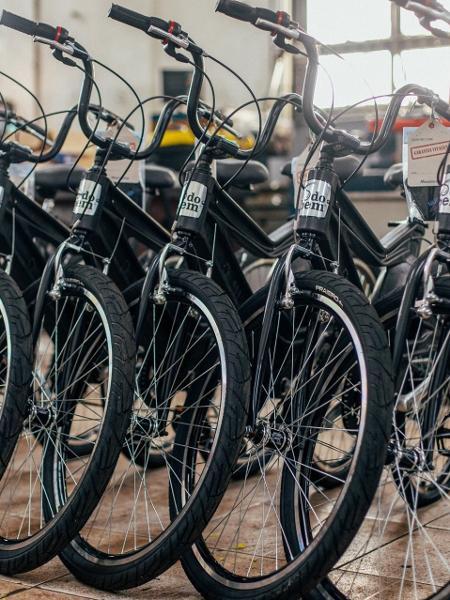 Bicicletas produzidas pela Muzzicycles em parceria com a Do Bem - Do Bem