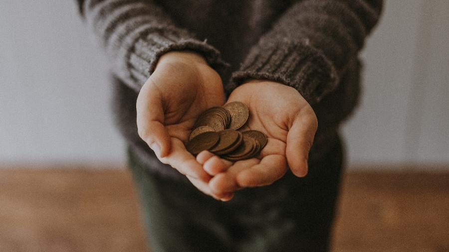Dinheiro em dezembro - Annie Spratt