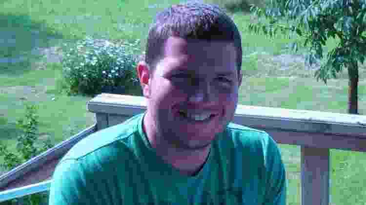 Thomas Leeds após o acidente e quando começou sua recuperação - Thomas Leeds/BBC - Thomas Leeds/BBC