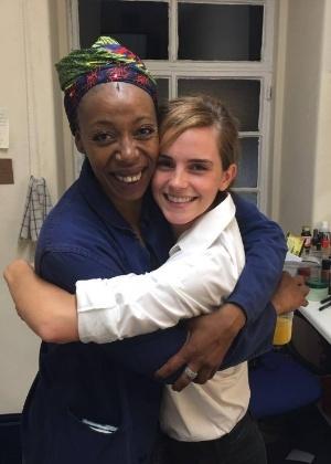 "6.jul.2016 - As ""Hermiones"" Noma Dumezweni e Emma Watson - Reprodução /Facebook /Emma Watson"