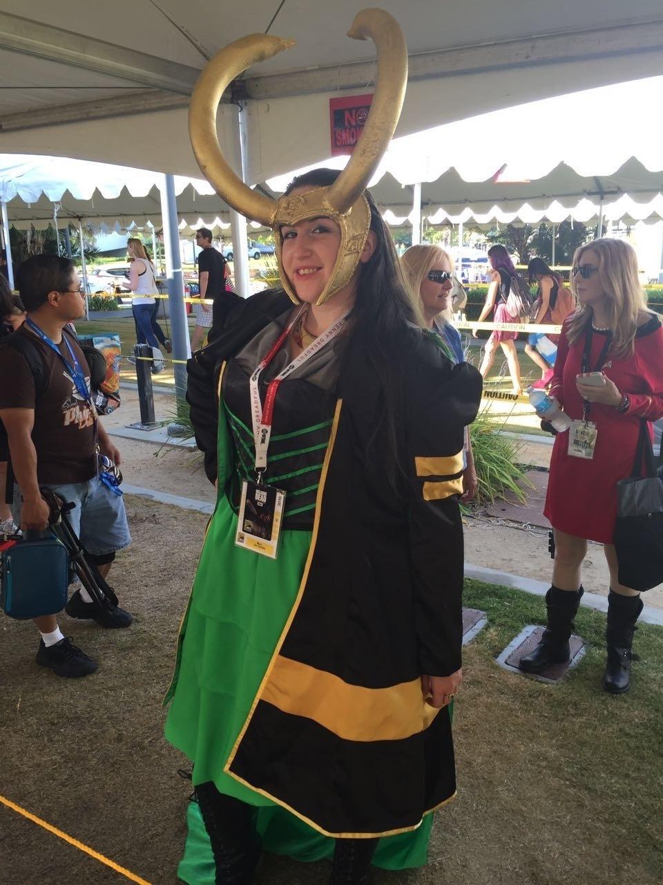 21.jul.2016 - A cosplayer Mary de Candia vai vestida de Loki para a San Diego Comic-Con, em uma versão feminina do vilão da Marvel
