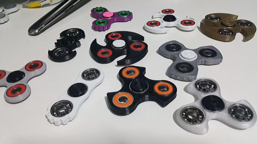 Com tamanhos, preços e formatos variados, é normal ficar na dúvida: afinal, qual é o melhor spinner para você? - Fidget Hand Spinner Brasil/Reprodução