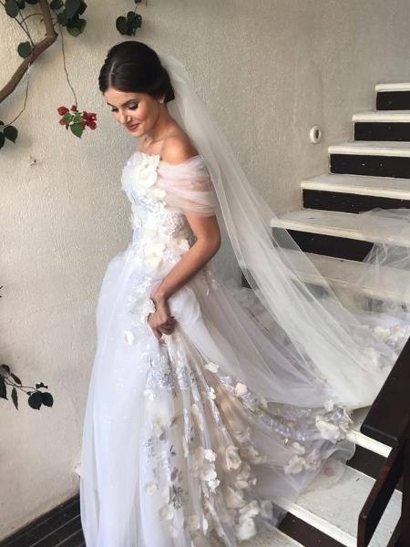 Vestido de Camila Queiroz - Reprodução/Instagram Lebronstein