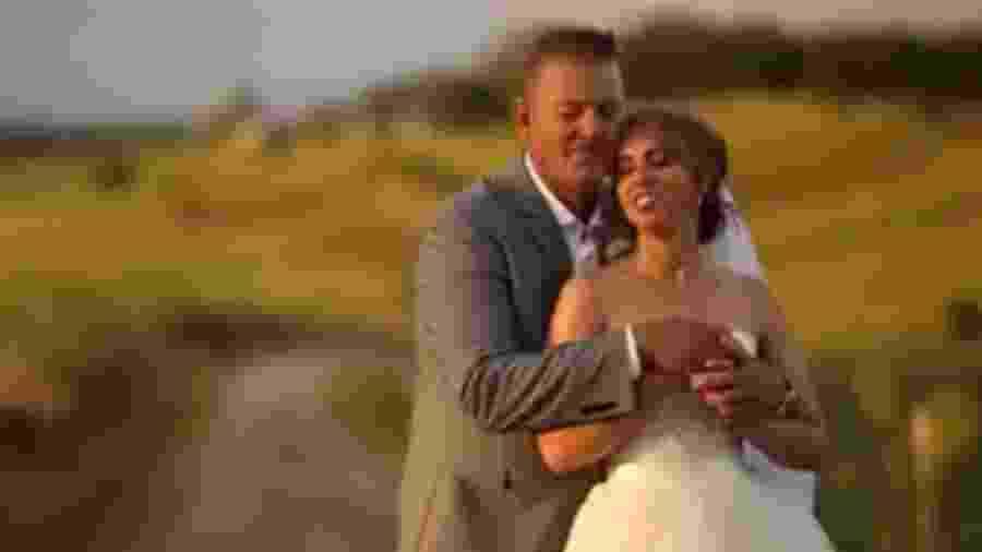 989e50e970fd0 Vídeo  Veja detalhes sobre o casamento de Marina Ruy Barbosa - - UOL ...