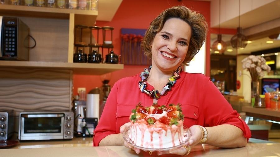 A ex-professora Valéria Verdi de Macedo comanda a Torteria Haguanaboka, fundada em São José dos Campos (SP)  - Arquivo Pessoal