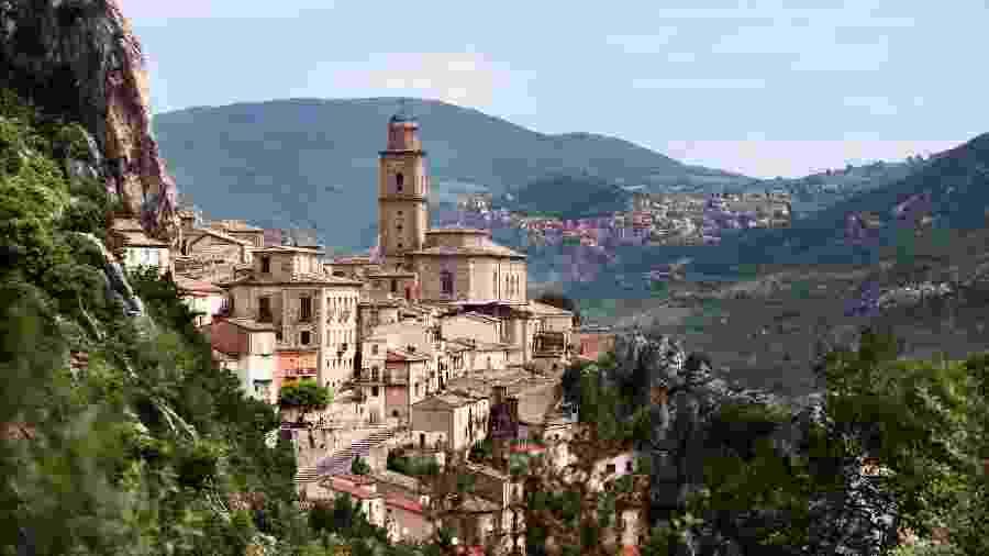 Vila Santa Maria, em Abruzzo, na Itália  - Getty Images