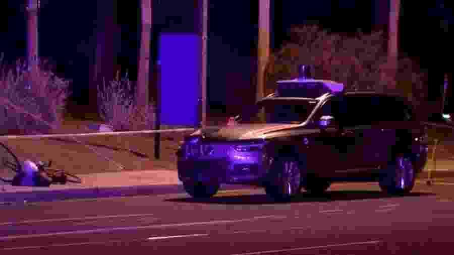 Carro autônomo da Uber atropela ciclista - Reprodução