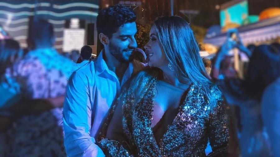 Ex-BBB Patricia passou o Réveillon ao lado do novo namorado, o modelo Yago Lanes - Reprodução/Instagram