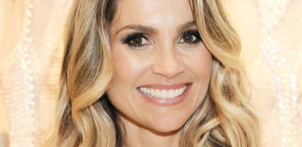 O sorriso de Flávia Alessandra é um dos mais desejados pelas brasileiras - AgNews